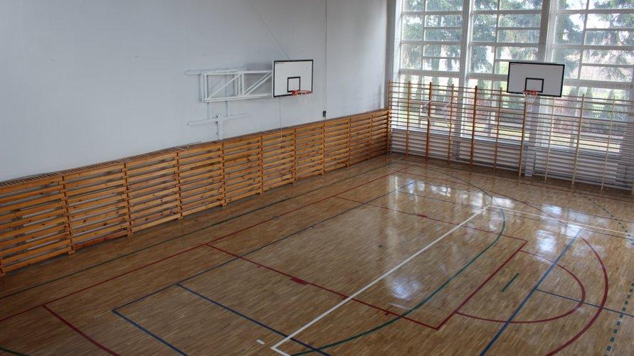 Sala gimnastyczna w zwoleńskim liceum zyskała nowy blask!